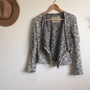 Grey cardigan blazer
